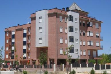Edificio de 20 Viviendas. Plan Parcial El Brasero. Residencial El Valle en Ávila