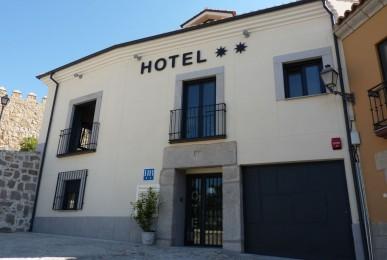 Edificio para hotel Arco de la Santa. C/ Empedrada. Ávila