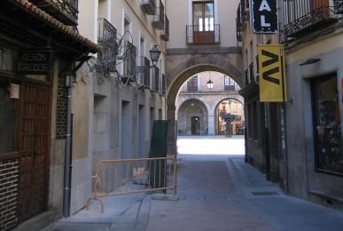 Rehabilitación de edificio para hotel. Plaza del Mercado Chico, 13 Ávila